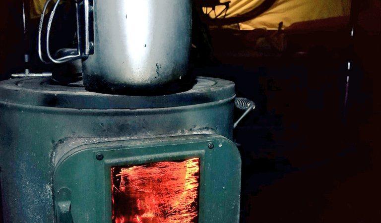 寒くなったらアウトドア薪ストーブ